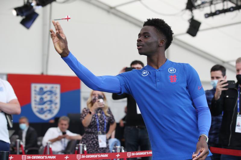 Southgate: England's Saka fit for Euro semi-final v Denmark