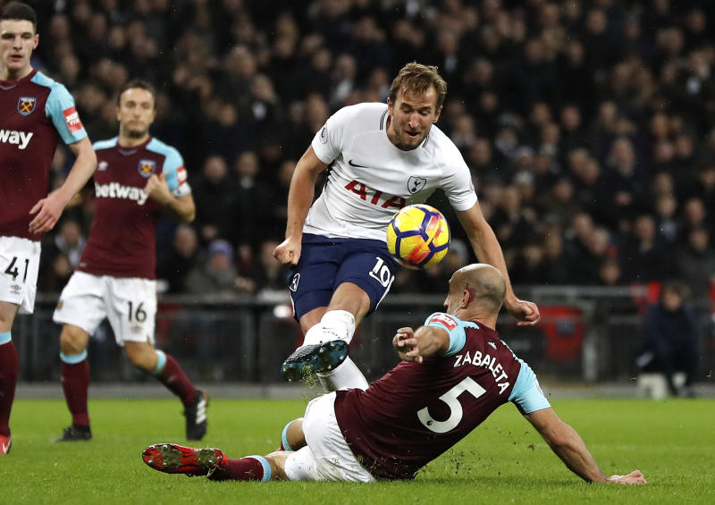 West Ham: Virus could rob Pablo of perfect send-off