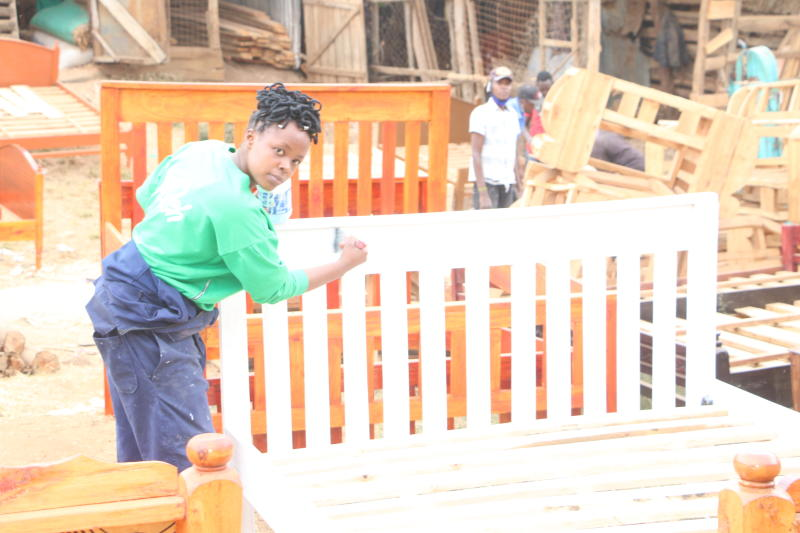 Why graduate ditched her degree for carpentry