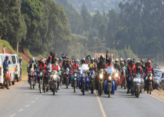 500 boda boda riders mourning colleague stop highway traffic