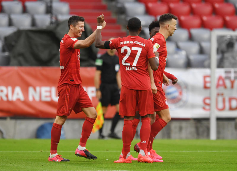 Bundesliga showdown gathers momentum