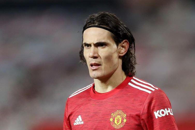 Cavani provides worrying update on his Man United future