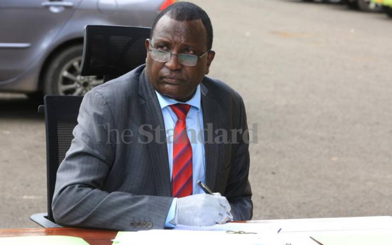 Court throws out laws limiting top jobs to doctors