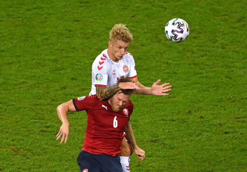Denmark move into Euros semis with 2-1 win over Czech Republic