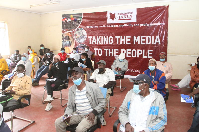 Editors hold community forums to improve media relations, coverage