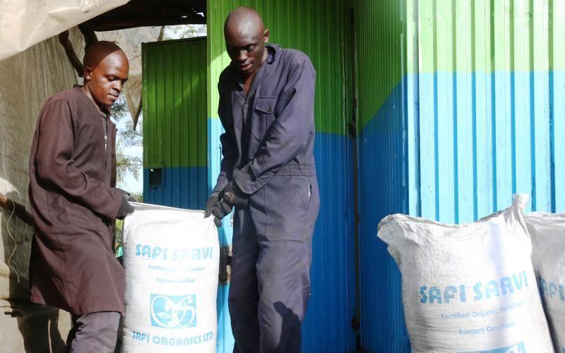 Entrepreneur uses farm waste to make organic fertiliser