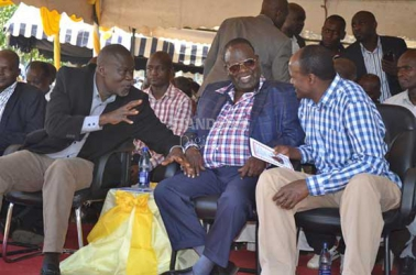 Governors from Nyanza gang up as aspirants spoil for a fight