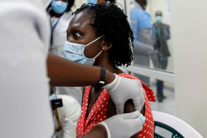 Kenyan COVID vaccine offer to diplomats draws local doctors' ire