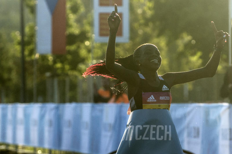 Kenya's Jepchirchir promises showdown in Poland