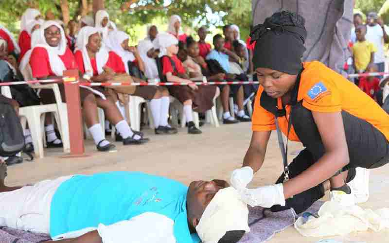 Learning basic first aid skills in school can be a matter of life and death