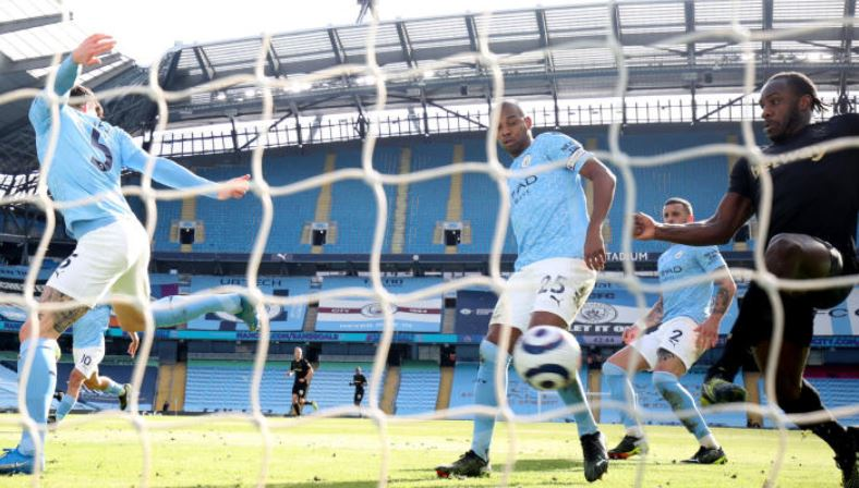 Champions-elect City make it 20 straight wins with victory over West Ham