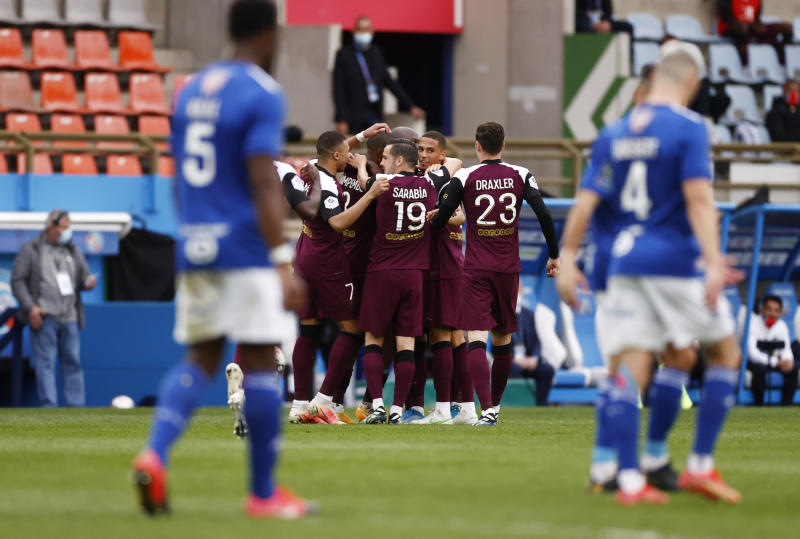 Mbappe at it again as PSG thrash Strasbourg