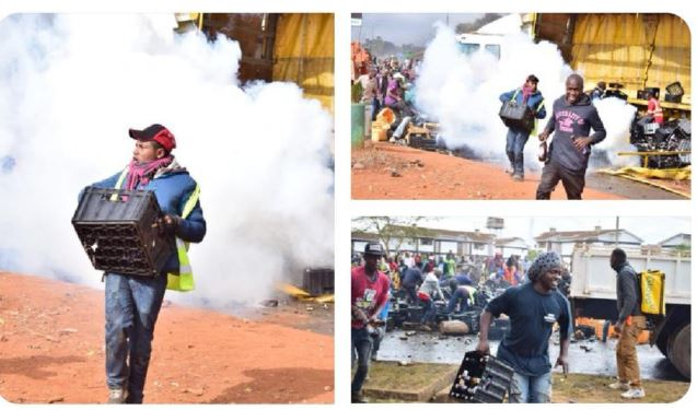 Police lobbed teargas to disperse Roysambu residents as they scrambled for crates of beer in Nairobi's Roysambu area.