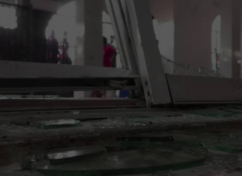 Suspected gas blast kills 17 worshippers in Bangladesh mosque