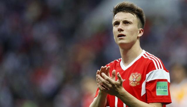 Golovin to Chelsea? CSKA Moscow teammate drops big hint