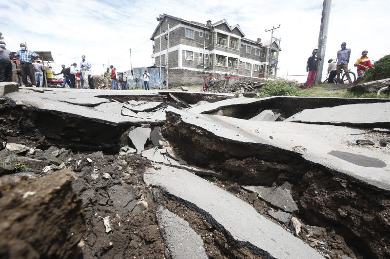 A section of John Momanyi road in Nakuru town collapsed following ongoing heavy rains (Photo: Kipsang Joseph)