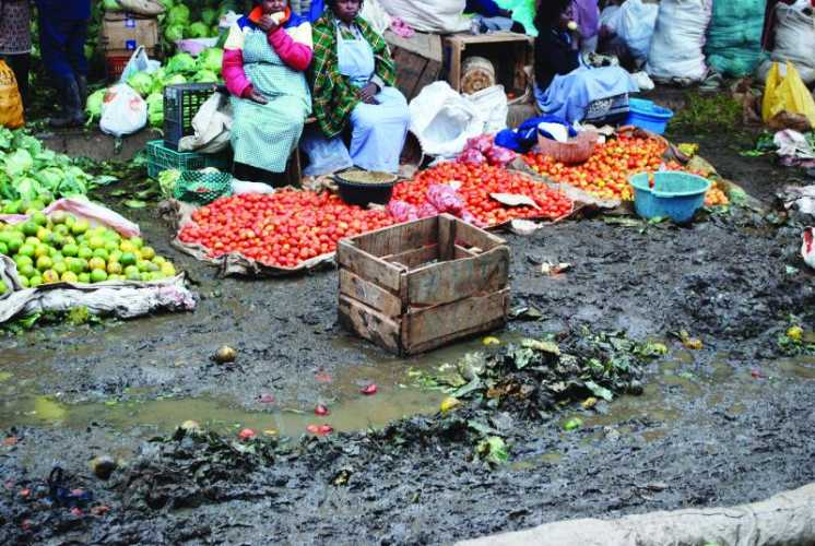 Clogged sewers, faeces suffocating Muthurwa market