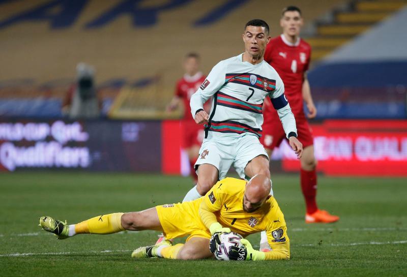 Cristiano Ronaldo robbed