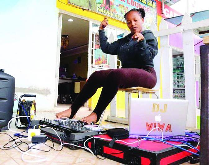 DJ beats disability, makes cash spinning decks with her feet