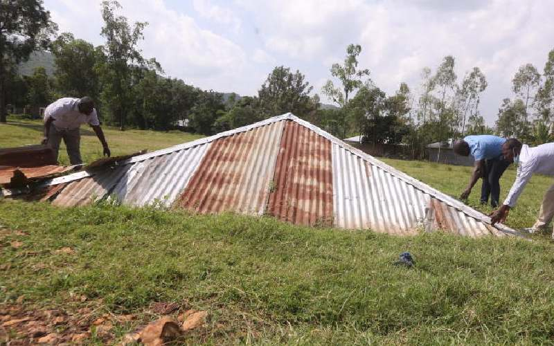 Dust settles on mystery roof as land row resolved