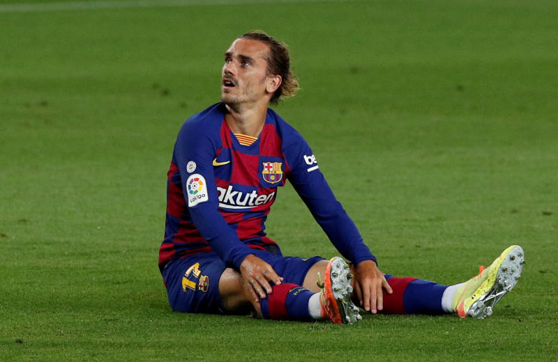 FILE PHOTO: Soccer Football - La Liga Santander - FC Barcelona v Espanyol - Camp Nou, Barcelona, Spain - July 8, 2020 Barcelona's Antoine Griezmann, as play resumes behind closed doors following the outbreak of the coronavirus disease (COVID-19) REUTERS