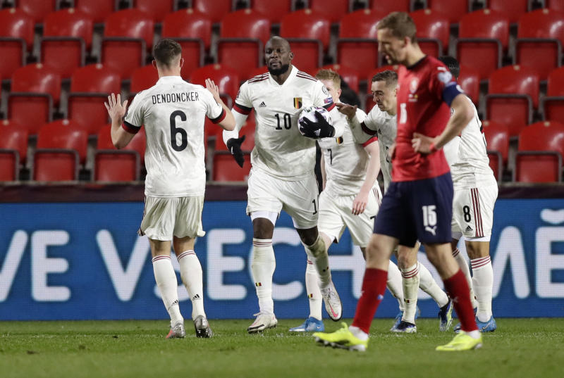 Lukaku rescues draw for Belgium against Czechs