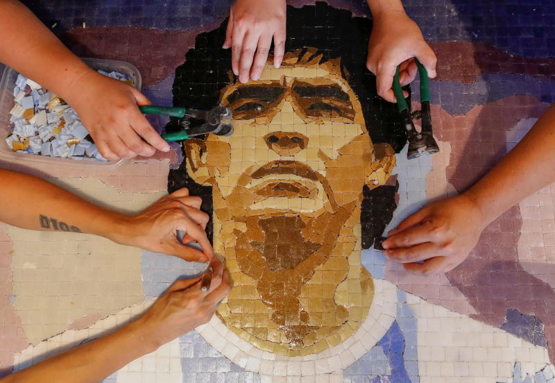 One tile at a time: Argentines honour soccer star Diego Maradona with mosaics [Photos]