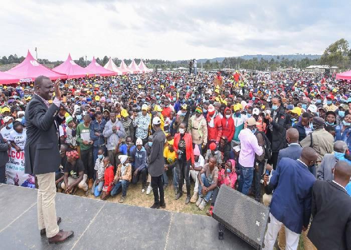 Pick a candidate to face me at the ballot, Ruto dares NASA team