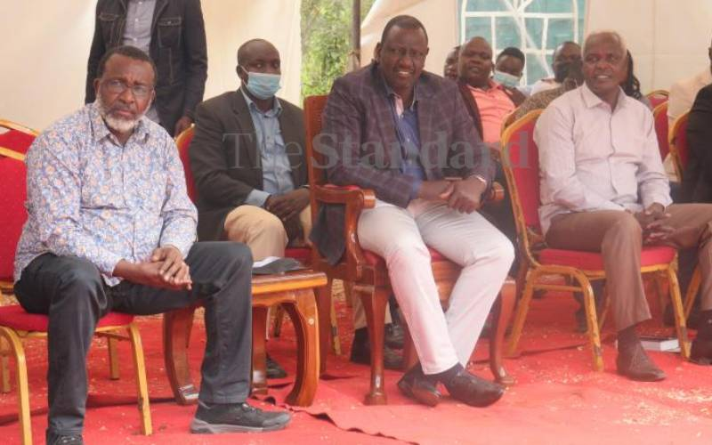 Ruto takes vote hunt to Meru, spells out his plan for economy if elected