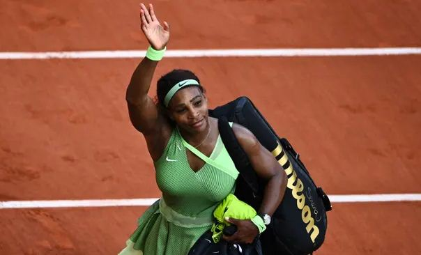 Serena Williams stunned by Rybakina in French Open fourth round