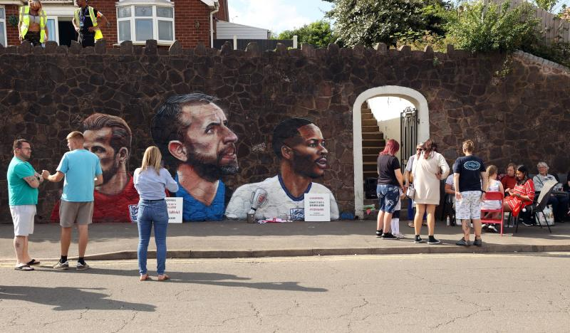 Southgate says England fans can intimidate Italy but not boo anthem