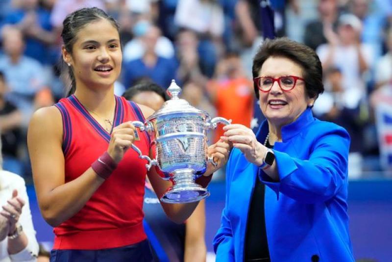 Tennis: Raducanu beats Fernandez to win U.S. Open
