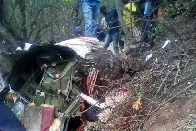 Five people killed in private plane crash