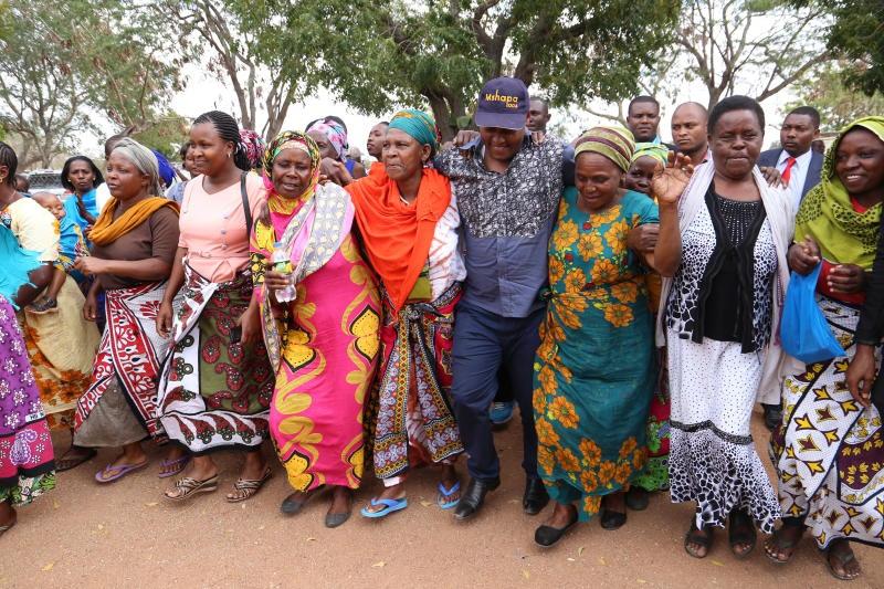 Keep off Mackinnon and Mtito, Samboja warned