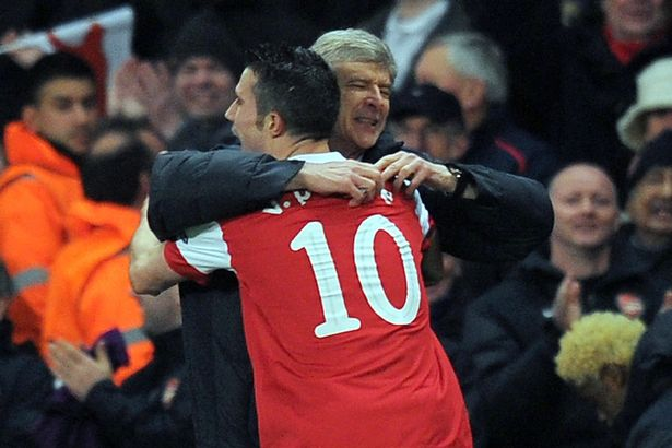 Van Persie snubs Wenger when naming his favourite managers