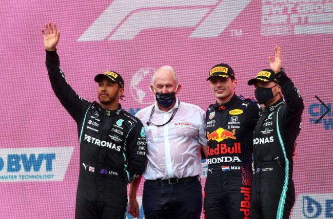 Verstappen beats Hamilton again!