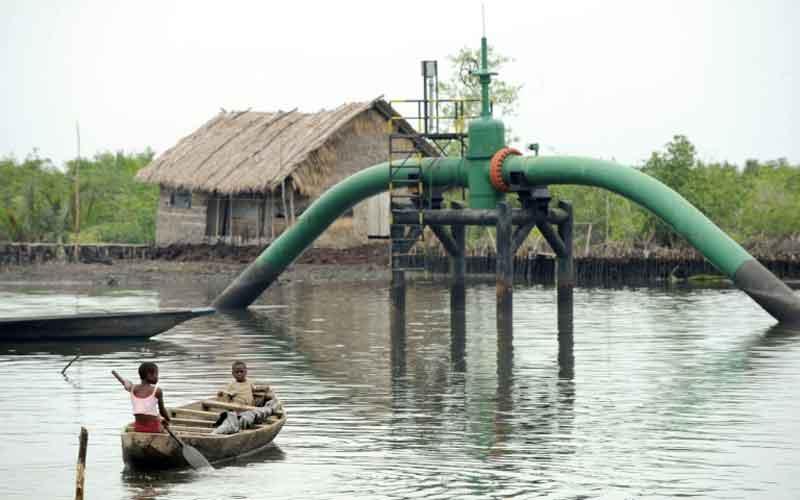Virus crisis puts Nigeria corrupt fuel subsidy system in spotlight