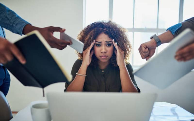 Workaholism equals shorter life, heart diseases