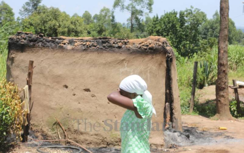 15 houses burnt in attacks over man's ailment and death
