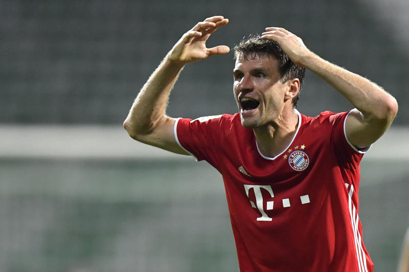 Bayern Munich forward Mueller tests positive for COVID-19