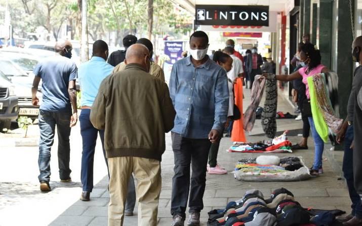 Itinerant traders dominate verandahs of Nairobi