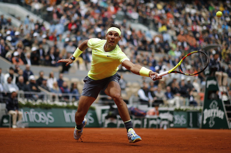 Former tennis champion wants fans at French Open