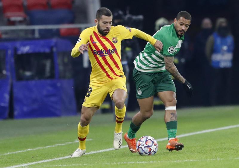 Griezmann and Alba lead Barcelona 3-0 stroll past Ferencvaros
