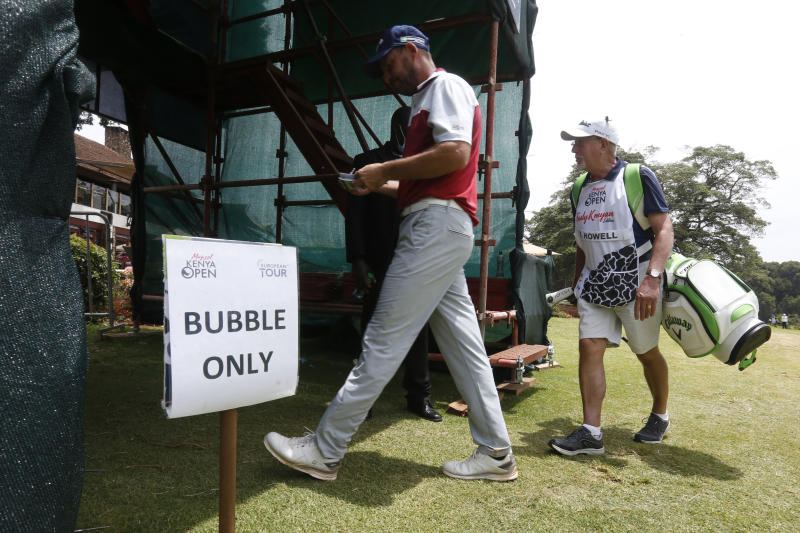 Intrigues of running a golf tournament from a bubble