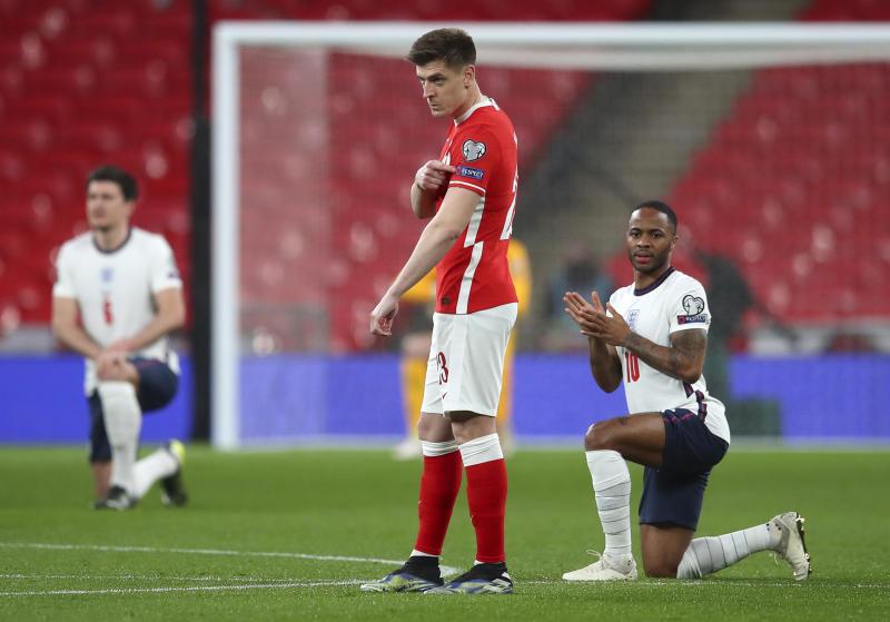 Man United superstar rescues England with late winner against Lewandowski's Poland