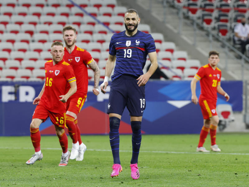 No goal, but Benzema shines in France's 3-0 win against Wales
