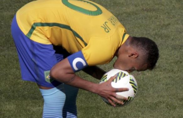 No spitting or kissing the ball, says CONMEBOL