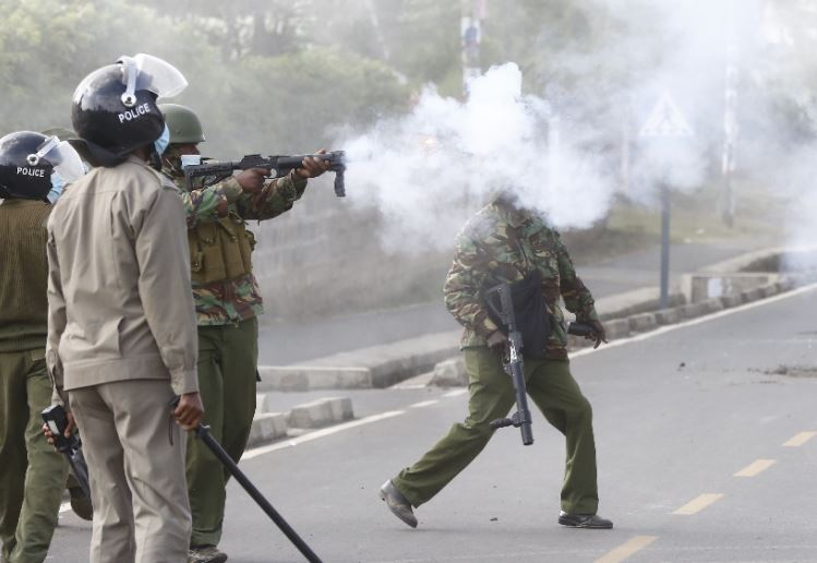 Pictures: Police teargas Tanga Tanga leaders at London ward by-election