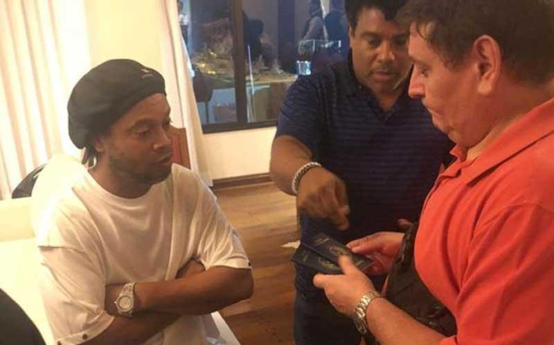 Ronaldinho and brother under police investigation over 'fake' passports