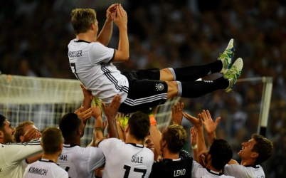 Schweinsteiger bows out as Germany beat Finland